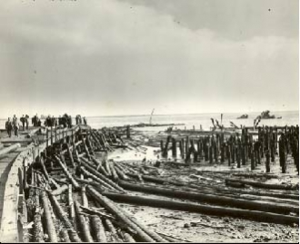 Port Chicago pier one day after explosion